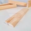 Kép 2/2 - 10x40x2200 Barkácsléc csomómentes 1 él lekerekítve (téglalap)
