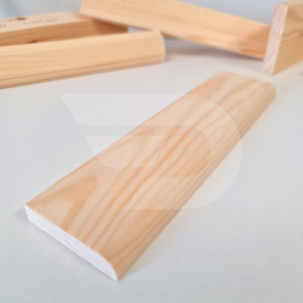10x50x2200 Barkácsléc csomómentes 1 él lekerekítve (téglalap)