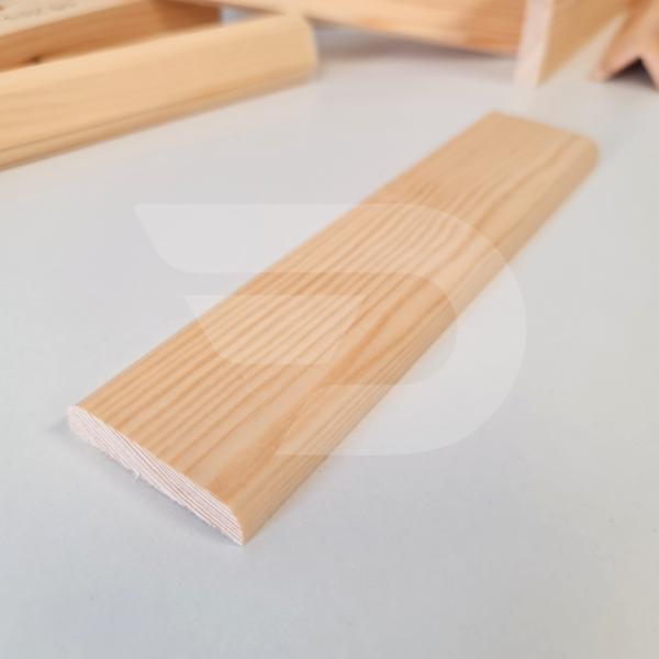 10x50x2200 Barkácsléc csomómentes 2 él lekerekítve (téglalap)